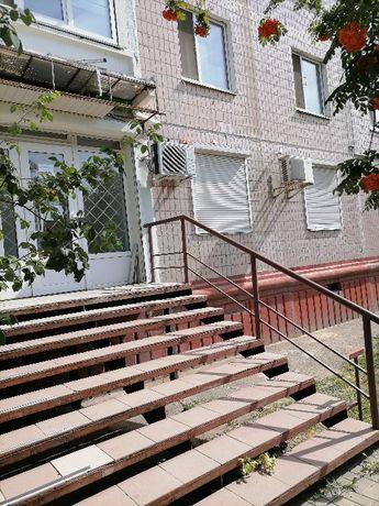 Сдам в аренду нежилое пом-ние 54,6 кв.м по ул. Пр.Толока 28 на Бородке