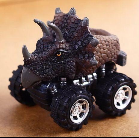 Triceratops dinozaur Park Jurajski Jurassic World autko