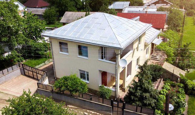 Продам 2 этажный дом с большой прилегающей территорией и садом