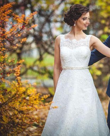 Suknia ślubna Kaledonia tren koronka ecru rozmiar 32/34 (+bolerko)