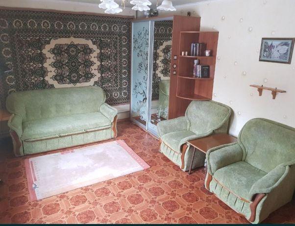 Диван и  2 кресла! Комплект! Очень хорошее состояние!