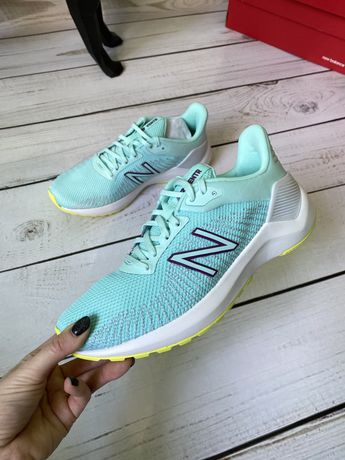 Новые женские кроссовки New Balance оригинал 24,5 см 37-38 размер