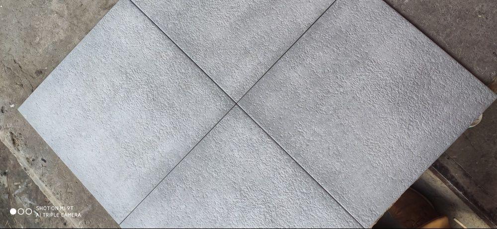 Продам плитку (строчно) Новая Водолага - изображение 1