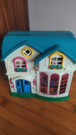 игрушечный домик