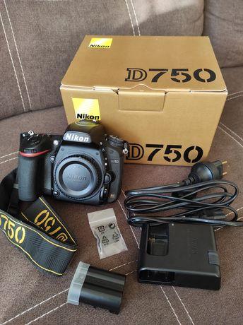 Продам фотоапарат Nikon d750 з wi-fi