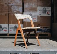NOVIDADES | Cadeiras da década de 1960 em carvalho