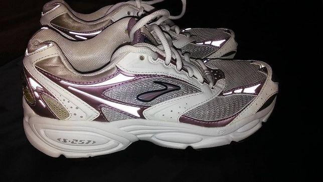 Brooks buty sportowe roz 36,5 dł wkł 23 cm