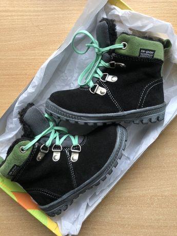 Зимове взуття для дитини (хлопчик/дівчинка)