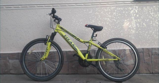 Продам велосипед TITAN ,в хорошому стані