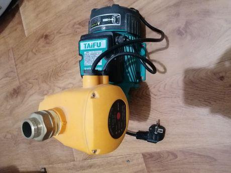 Продается насос TAIFU для повышения давления воды