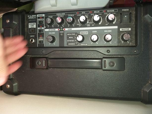 Amplificador sem uso como novo