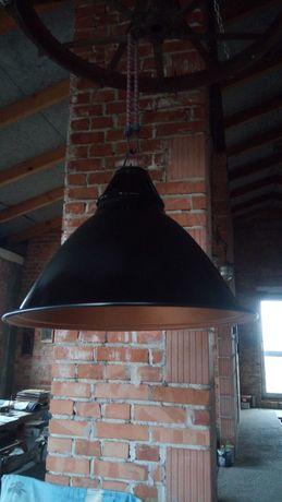 Stara lampa loftt.