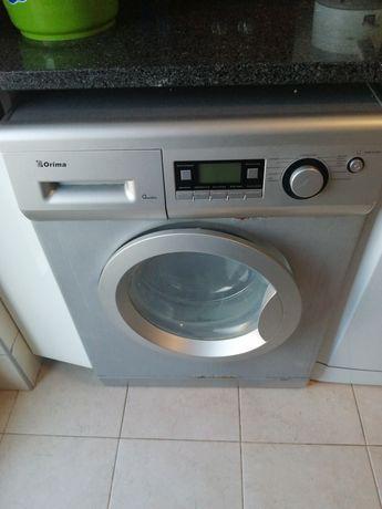 Máquina lavar a roupa