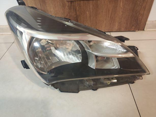 Lampa prawa Toyota Yaris 2015 /OD-158/OD-159/