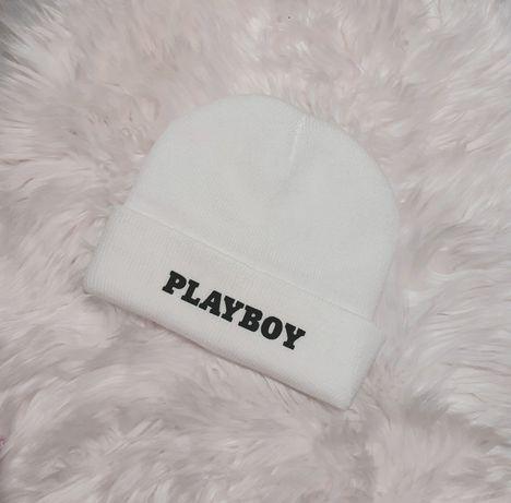 Biala czapka zimowa PLAYBOY damska meska uniseks