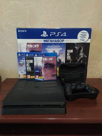Playstation 4 slim 1tb + 3 игры
