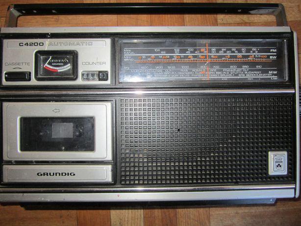 Radio magnetofon Grundig C4200 automatic
