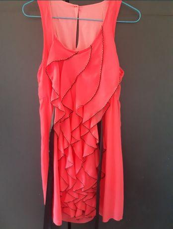 Vendo vestido coral ( Portes oferecidos)