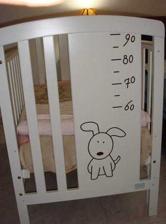 Cama branca bebê Nova
