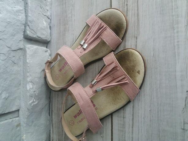 Sandałki 31
