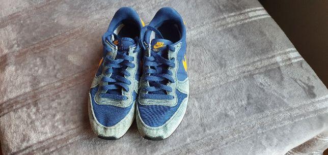 Nike 40.5