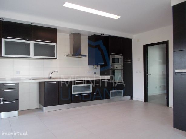 T3 (166 m2) Excelente Estado - Domótica, Piso Radiante, Pré Ar Condici