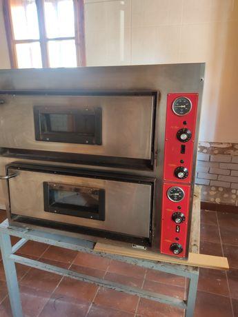 Piec do pizzy Włoskiej Firmy GGF