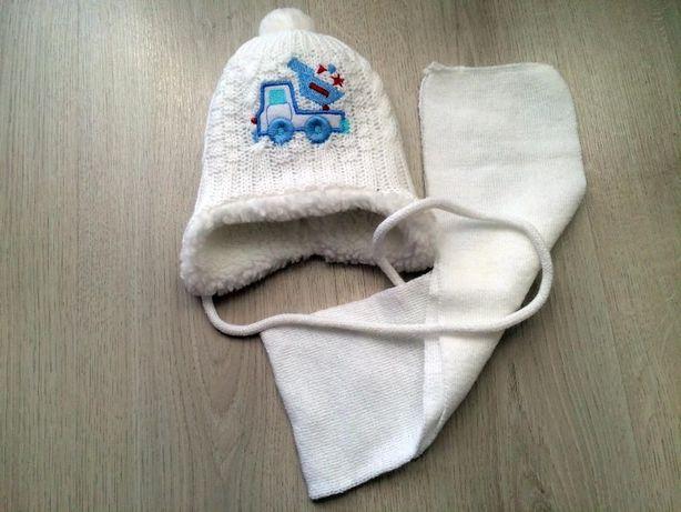 Шапочка, шапка для новорожденного, мальчика и шарфик шарф