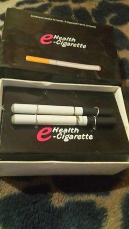 Две электронных сигареты