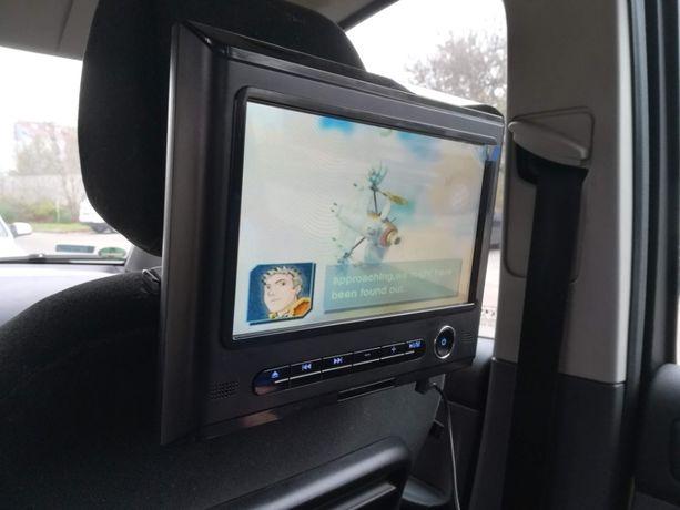 Kino Samochodowe + salon gier w jednym