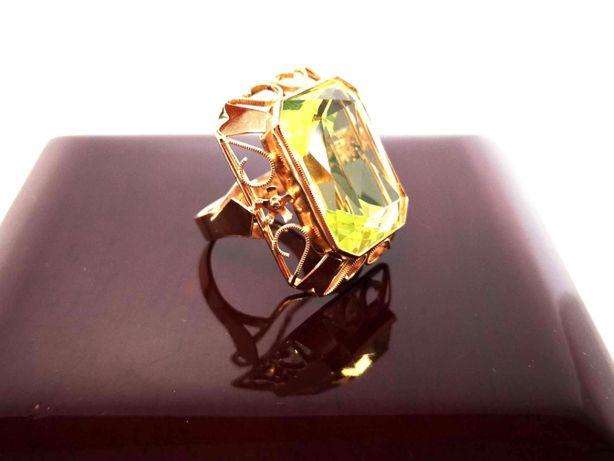 Złoty pierścionek zielony synt. spinel 12,88g 585 R18