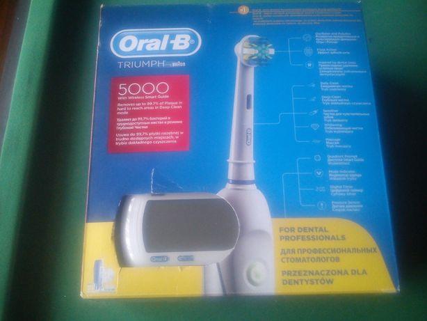 Szczoteczka elektryczna Oral-B Triumph 5000 + końcówki