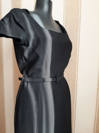 Платье нарядное, натуральная шерсть.