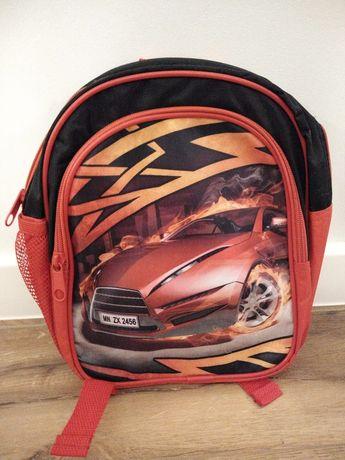 Plecak z samochodem