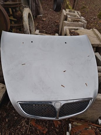 Maska pokrywa silnika Lancia Lybra
