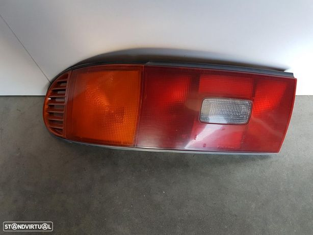 Farolim Toyota Celica 93