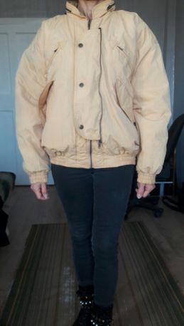 Продам  куртку  осенне-весеннюю