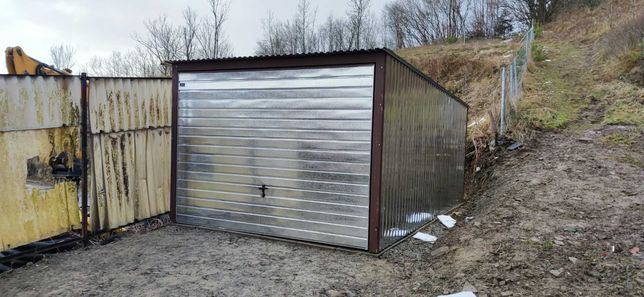 Garaż blaszany 3x5