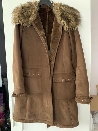 Plaszcz plaszczyk kożuszek brązowy ciepły M s płaszcz
