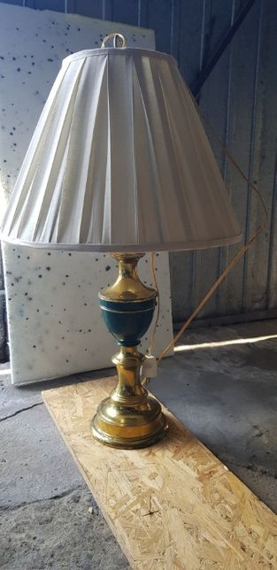 komodowa lampka nocna