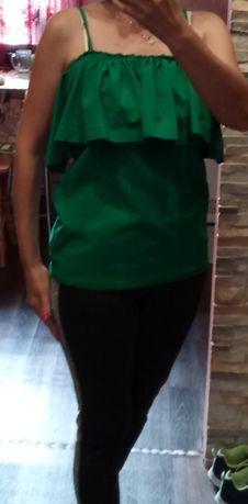 Блузка зелёная с воланами