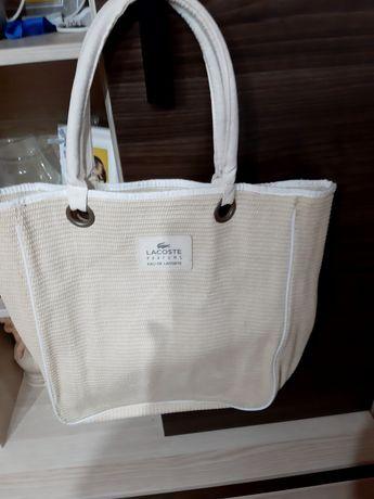 Orginalna torebka firmy Lacoste.
