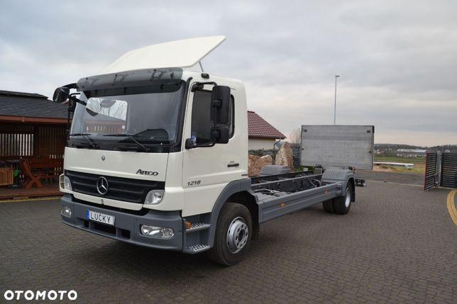 Mercedes-Benz Atego 1218 RAMA do zabudowy Winda 186tys.km!!  Resor 7,6m Rama Webasto Klima