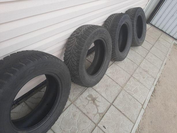 Зимние шины 205/65/r15