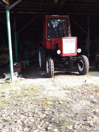 Трактор т 25 продам .
