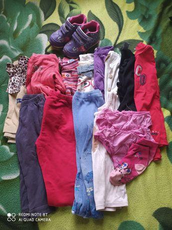 Пакет одежды для девочки на 2-4 года