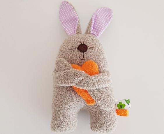 Maskotka pluszak Króliczek dla niemowlaka Hand made królik serce