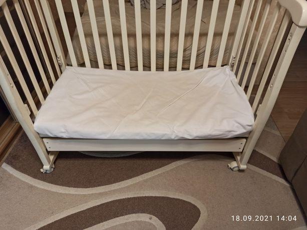Отдам даром детскую кроватку с матрацом