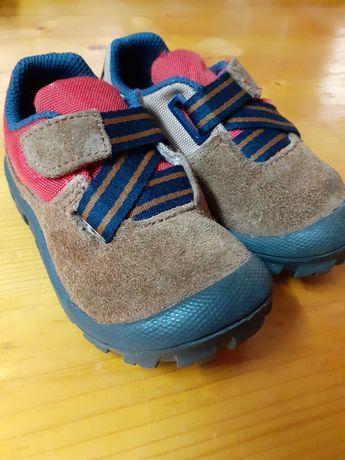 Sapato Quechua 22 + Bota 20
