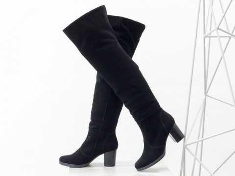 Черные замшевые ботфорты на удобном среднем каблуке 38 р.